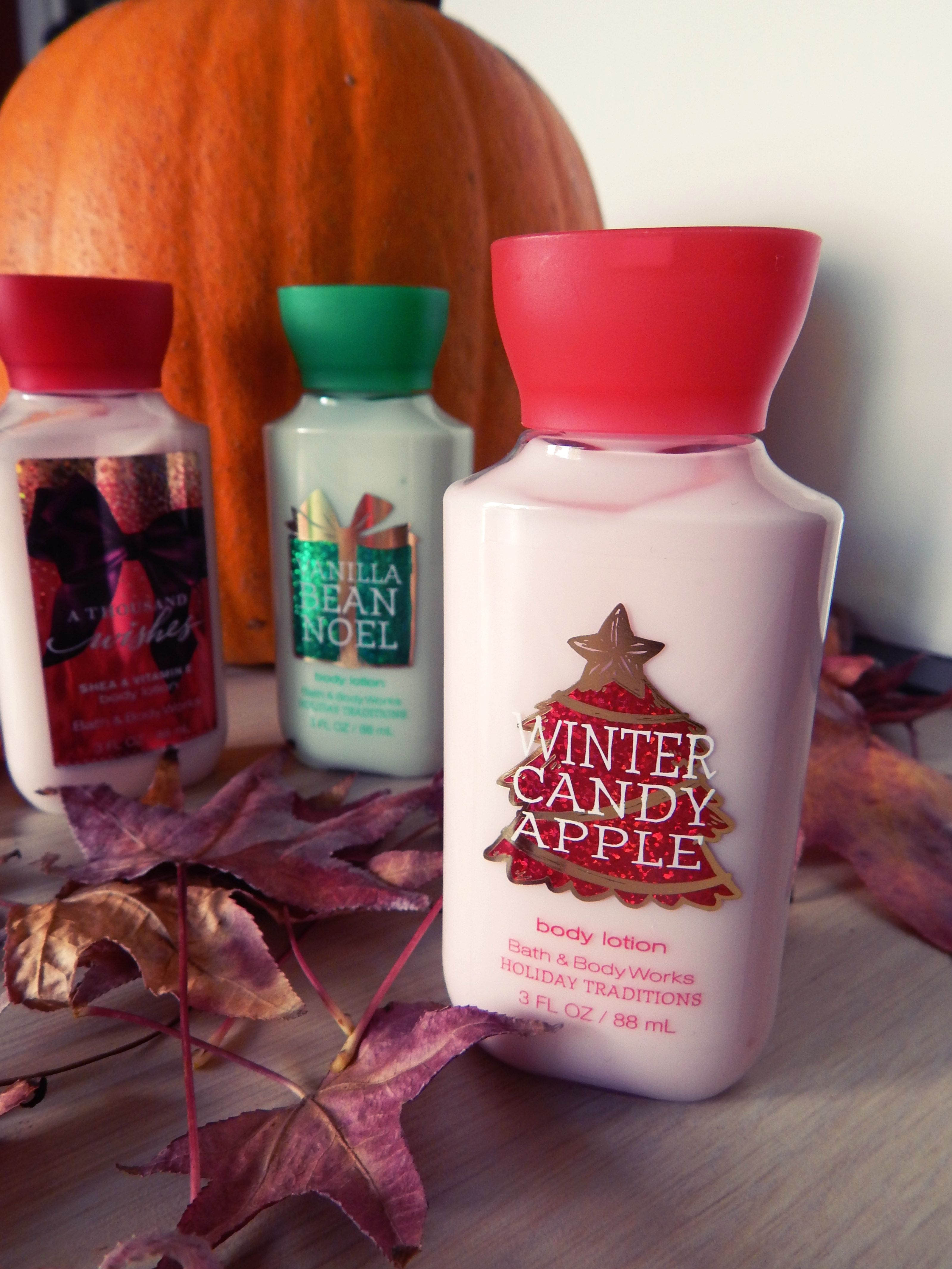 Bath and body works holiday scents - Vanilla Bean Noel This One Is A Delicate Vanilla Scent That Is Very Calming It S A Little Different Than Their Warm Vanilla Sugar Scent It S Less Strong